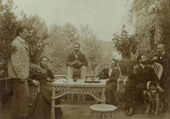 Familie_Richter_auf_der_Terrasse_des_Hauses_Hohenzollernstraße_12_um_1900