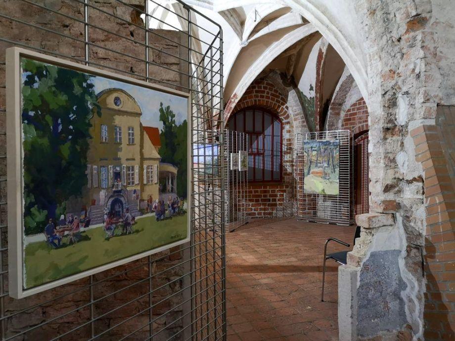 Gotisches_Haus_Sommer_in_Neukladow